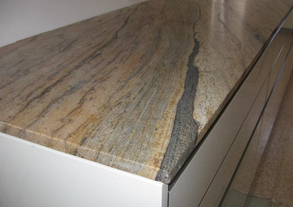 Steinplatten | Küchen Steininger